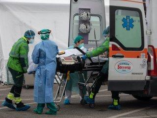 İtalya'da koronavirüs vakalarında düşüş var
